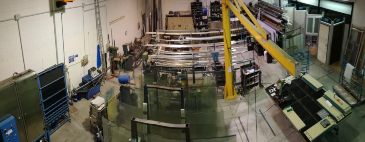 Lavorazione vetro con macchinari ad alta precisione